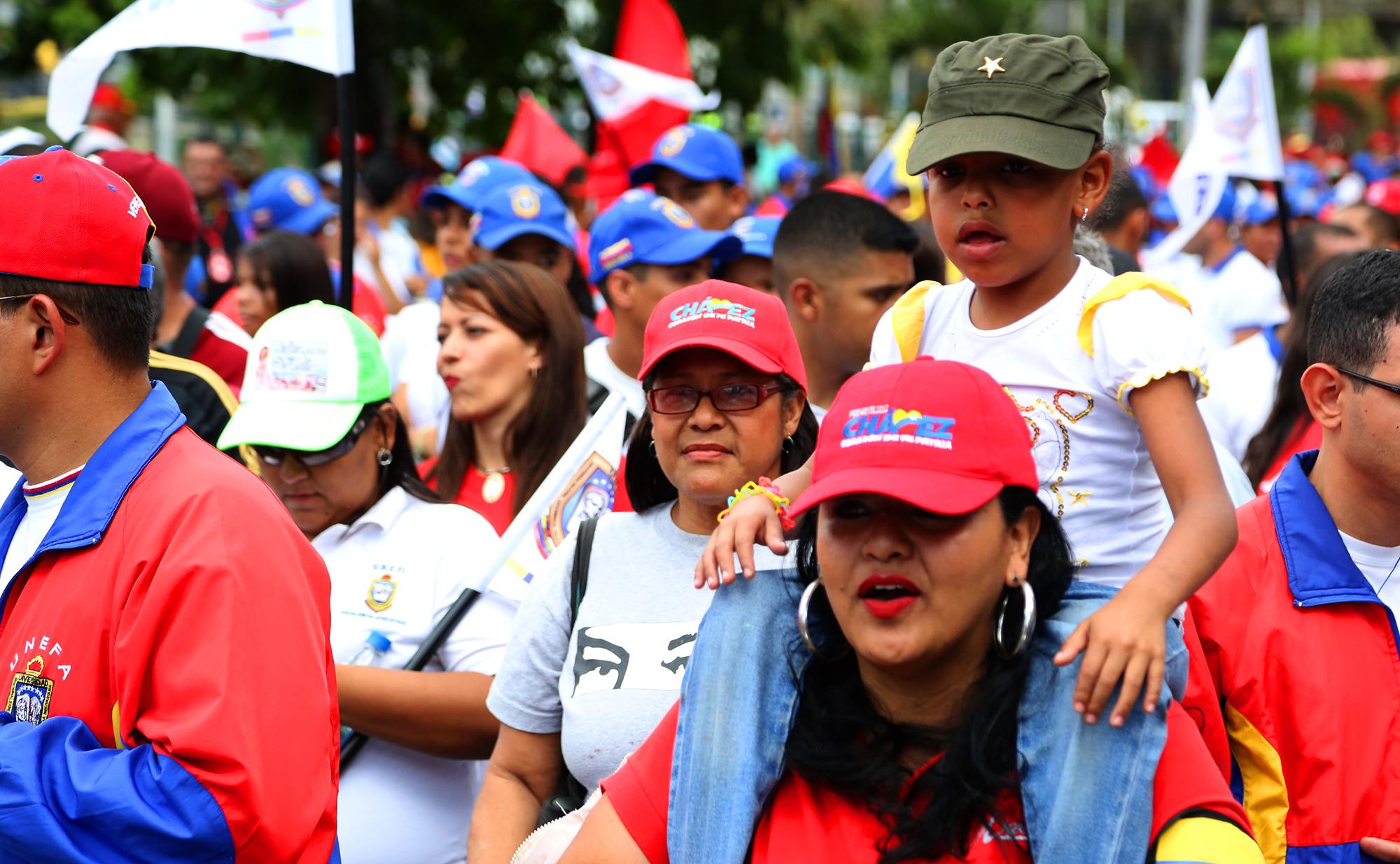 Min villegas el pueblo exige paz y justicia fotos for Min interior y justicia