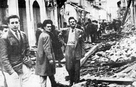 De izquierda a derecha Fidel Castro y Enrique Ovares dirigentes