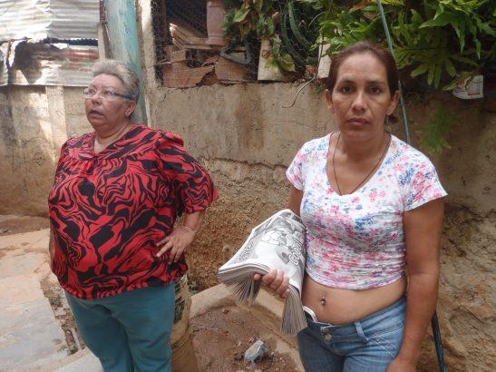 Otilia y María Chávez