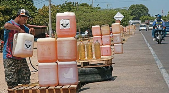 Contrabando-de-gasolina-bachaqueo-bachaqueros