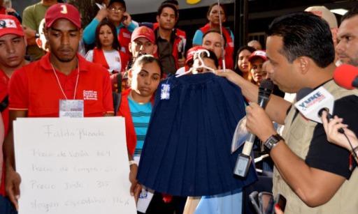 SUNDDE - Noticias - En sólo un mes Superintendente Andrés Eloy Méndez lidera dos mil 114 fiscalizaciones - 2014-09-15 20_30_30_1