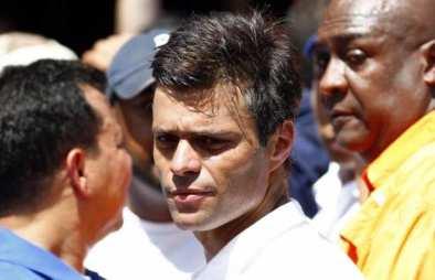 """El derechista Leopoldo López, propulsor de el plan de desestabilización contra el Gobierno del presidente Nicolás Maduro, conocido como """"La salida"""", hot detenido en Venezuela"""