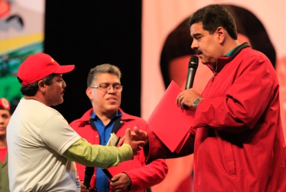 Maduro-comunas-financiamientos11