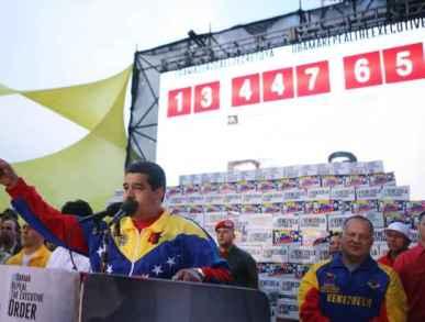 Maduro Firmas 20_IMG_9997_P