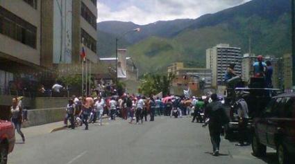 Protesta-alcaldia-Sucre-Cortesia-Nuevaurbina_NACIMA20130911_0081_6