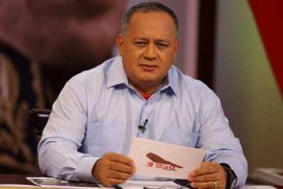 Diosdado-Cabello-Con-el-Mazo-Dando-e1420637958253-540x361